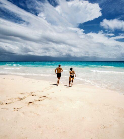romantic retreats couple beach