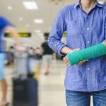 traveling at airport with injury and arm cast
